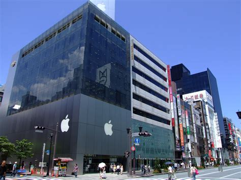 apple ginza today in apple history apple opens first store outside u