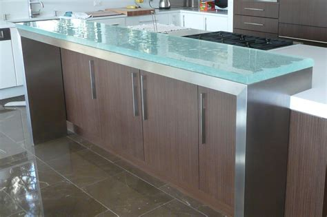 The Ultimate Luxury Touch For Your Kitchen Decor   Glass