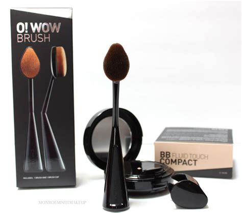Cailyn O Wow Brush Cailyn Oval Brush misfit makeup next level foundation application cailyn o wow brush