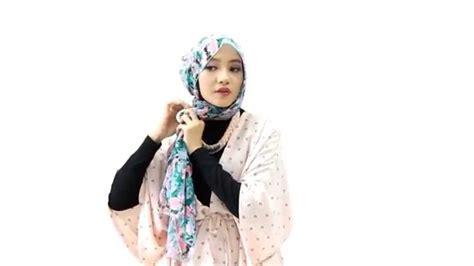 tutorial hijab pashmina pink emma tutorial hijab pashmina floral klasik youtube