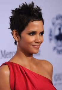 Messy spiked short pixie haircut for black women halle berry