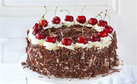 schwarzwälder kirsch kuchen rezept beste schwarzw 228 lder kirschtorte rezept gusto at