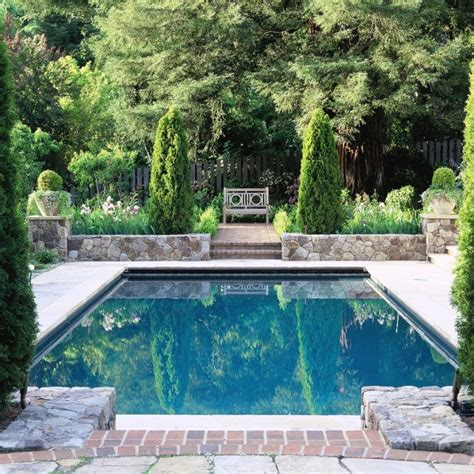 square pools using outdoor symmetry when designing the landscape