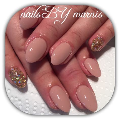 marnis wellness - Gelnagels Tips