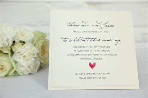 6 Reasons NOT To Go For Paperless Wedding Invitations