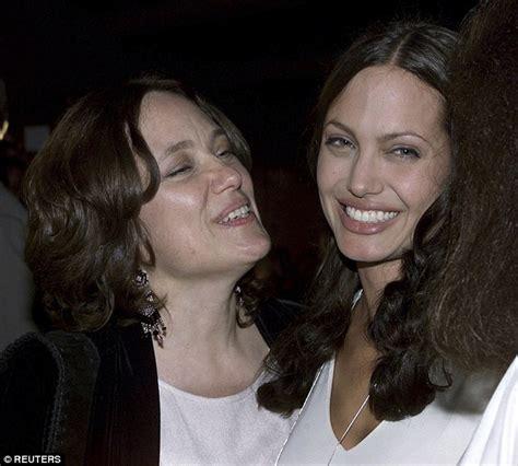 Angelinas Dies by Brad Pitt Praises S Courage In Of