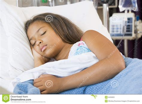 girl in bed young girl sleeping in hospital bed stock photos image 6430003