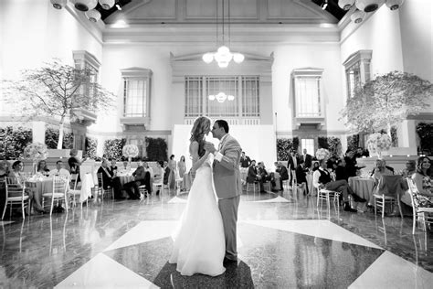 Harold Washington Library Wedding Photos