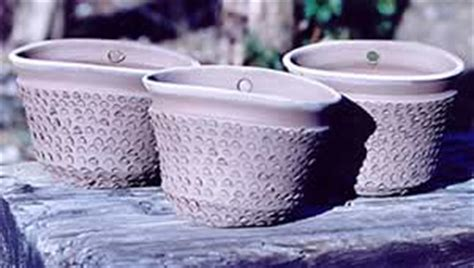 Wall Planter 6 Kantong Motif Peeble clay trout pottery custom plant containers orchid pots