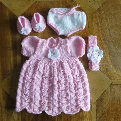 free knitting patterns for dolls clothes to knitted doll dress pattern 1000 free patterns