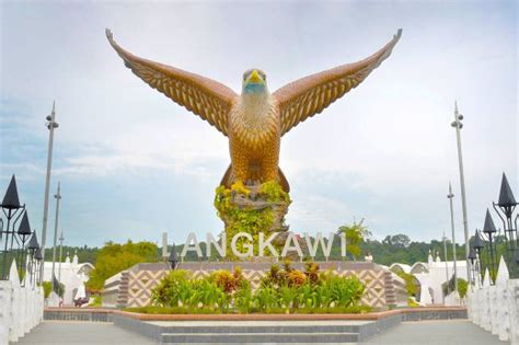 langkawi  impose rm  rm tourism levy starting july
