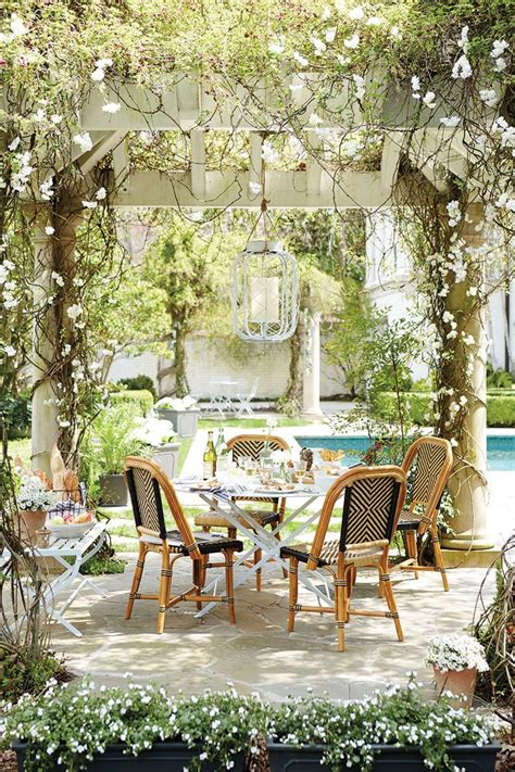 Outdoor Patio Dining by 10 Favorite Outdoor Dining Spaces Glitter Inc Glitter Inc