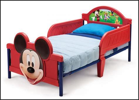 mickey schlafzimmer mickey mouse bett page beste wohnideen galerie