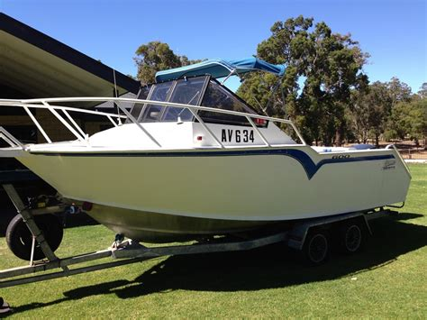 runabout boats for sale in kentucky outboard cabin cruisers for sale wood sailboat kits model