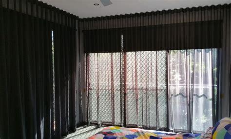 blinds n curtains curtains