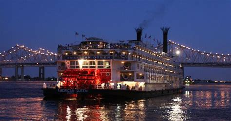 mississippi river paddle boat cruises memphis the american queen paddle wheeler cruises on the