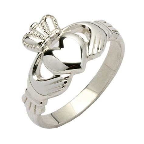 traditional silver claddagh ring rings from ireland