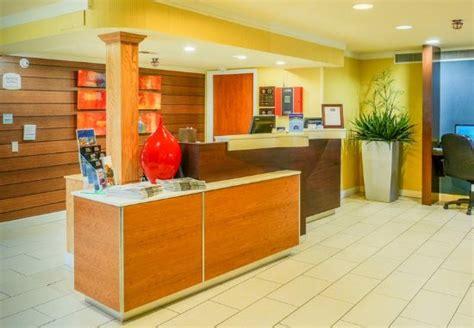 Front Desk In Fayetteville Nc by Inn Suites Fayetteville Cross Creek Mall