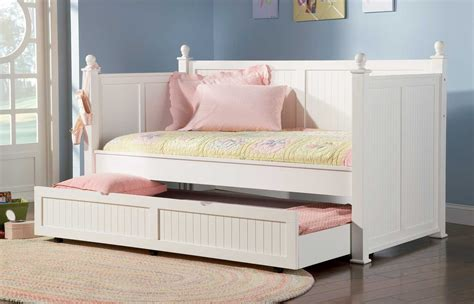 Daybed With Trundle Bed Bedroom Interesting Small Bedroom Decoration Design Ideas Using Black Metal Pop Up Trundle