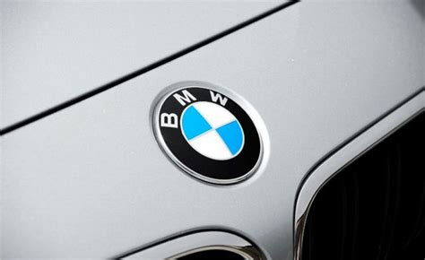 Bmw Auto Payment by Bmw Waiving Payments For Current Lessees To Drive Sales