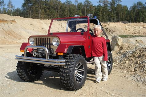 little jeep for kids 4 wheel drive kids car with gasoline engine prototype of