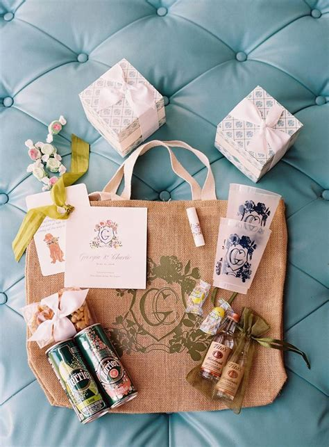 Welcome Banging Bags by Best 25 Wedding Welcome Bags Ideas On Welcome