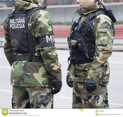imagenes libres policia polic 237 a militar imagen de archivo imagen de divisa
