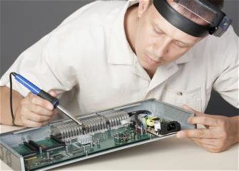 electrical  electronics engineering technicians