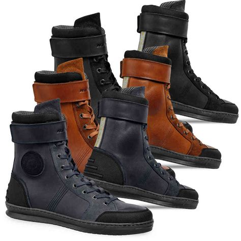 buy motorbike shoes click to zoom