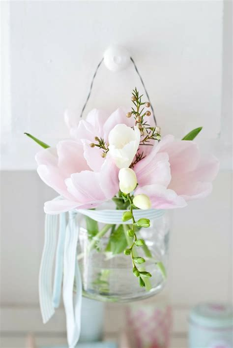 spring florals 47 flower arrangements for spring home d 233 cor digsdigs