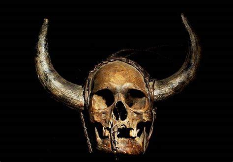 Teh Cap Naga real human trophy skulls from the naga tribe