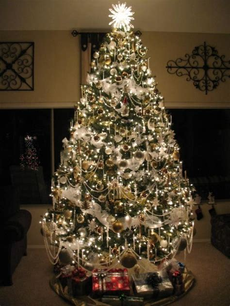 sumptuous pre lit christmas tree in spaces traditional