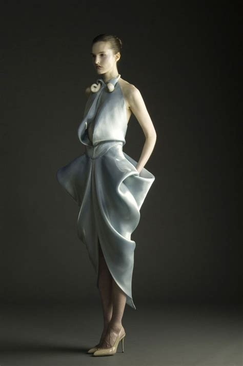 draped fashion 1000 images about extreme tailoring on pinterest fabric