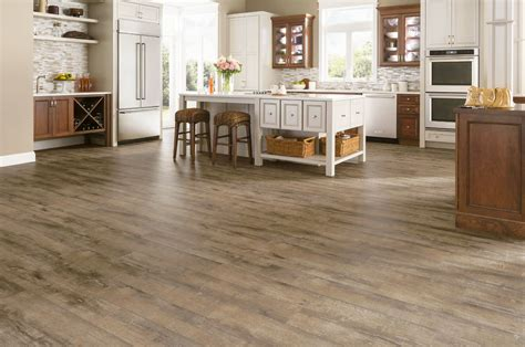 Armstrong Rustics Premium WB Oak Etched Light Brown