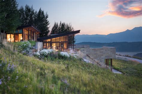 Wyoming House | jackson hole wyoming home inspired by frank lloyd wright