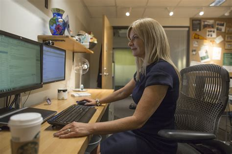 starbucks partner help desk starbucks partner help desk desk design ideas