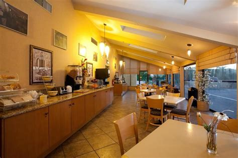 palm springs casino buffet inn suites cathedral city deals reviews cathedral city united states of america