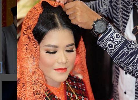 Makeup Artist Barry Irawan Gaya Riasan Cetar Kahiyang Ayu Di Acara Adat Pernikahan