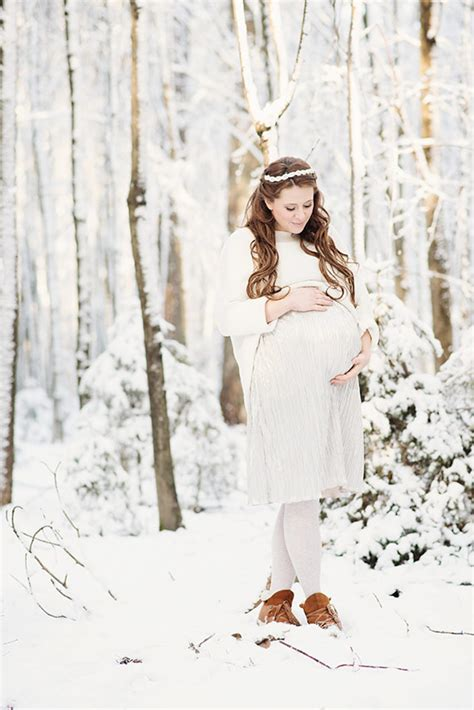 Winter Wonderland Wedding Decor - winter maternity photos in cologne germany by maggy melzer maternity photography 100 layer