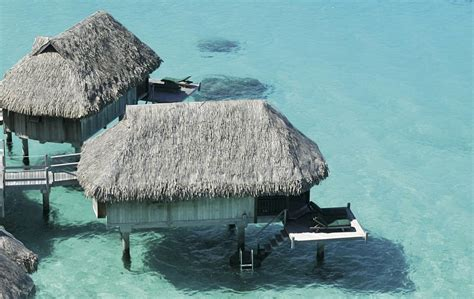 Tiki Huts On Water Overwater Bungalows In The Caribbean The Tiki Hut Company