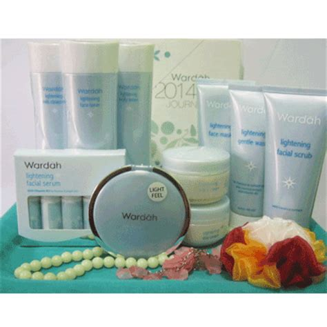 Harga Satu Paket Wardah Lightening Series Step 1 kosmetik halal caliphate shop