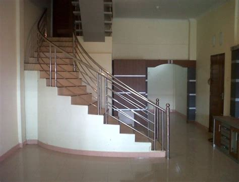 Tukang Jasa Canopy Kaca jasa pembuatan railing tangga besi stainless di bali