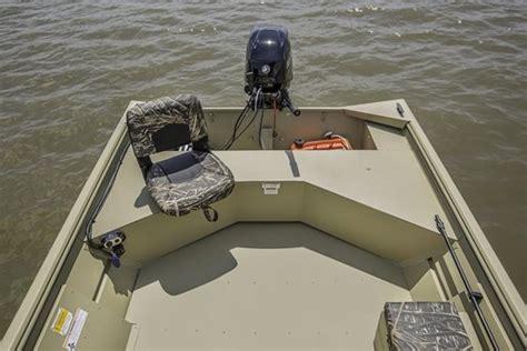 used crestliner jon boats for sale crestliner 1660 retriever jon deluxe 2019 used boat for
