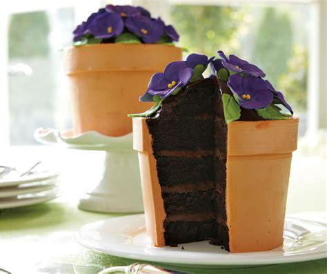blooming flower pot cake  green head