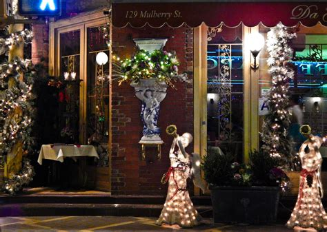 christmas decor in little italy ny christmas gifts