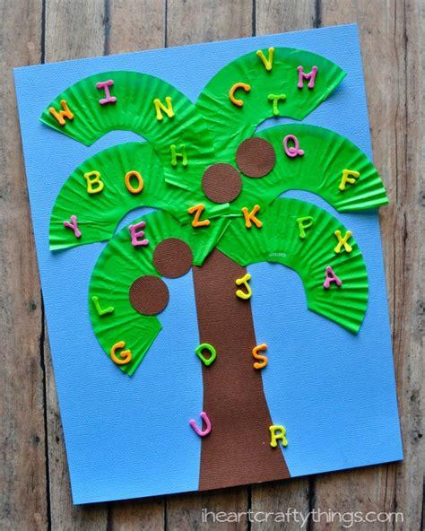 tree pattern for preschool craft chicka chicka boom boom kids craft i heart crafty things