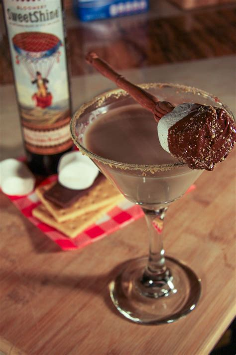 martini smore smore s martini 1 oz chocolate raspberry sweetshine 2 oz