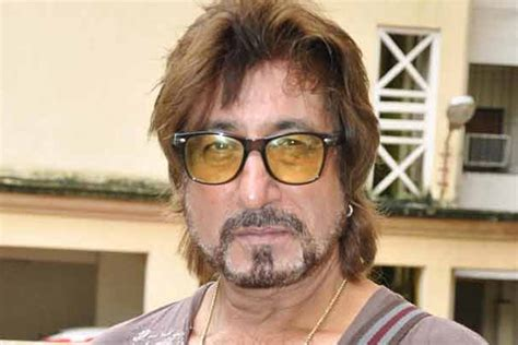 shakti kapoor casting couch video complaint against shakti kapoor for smoking in public news18