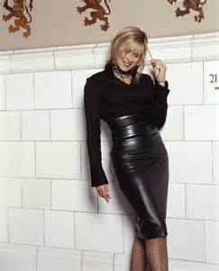 gerlinky view topic carol smillie leather skirt