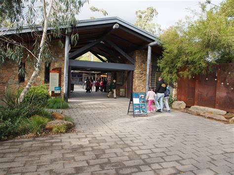 Small Country Home healesville sanctuary melbourne by lorraine a